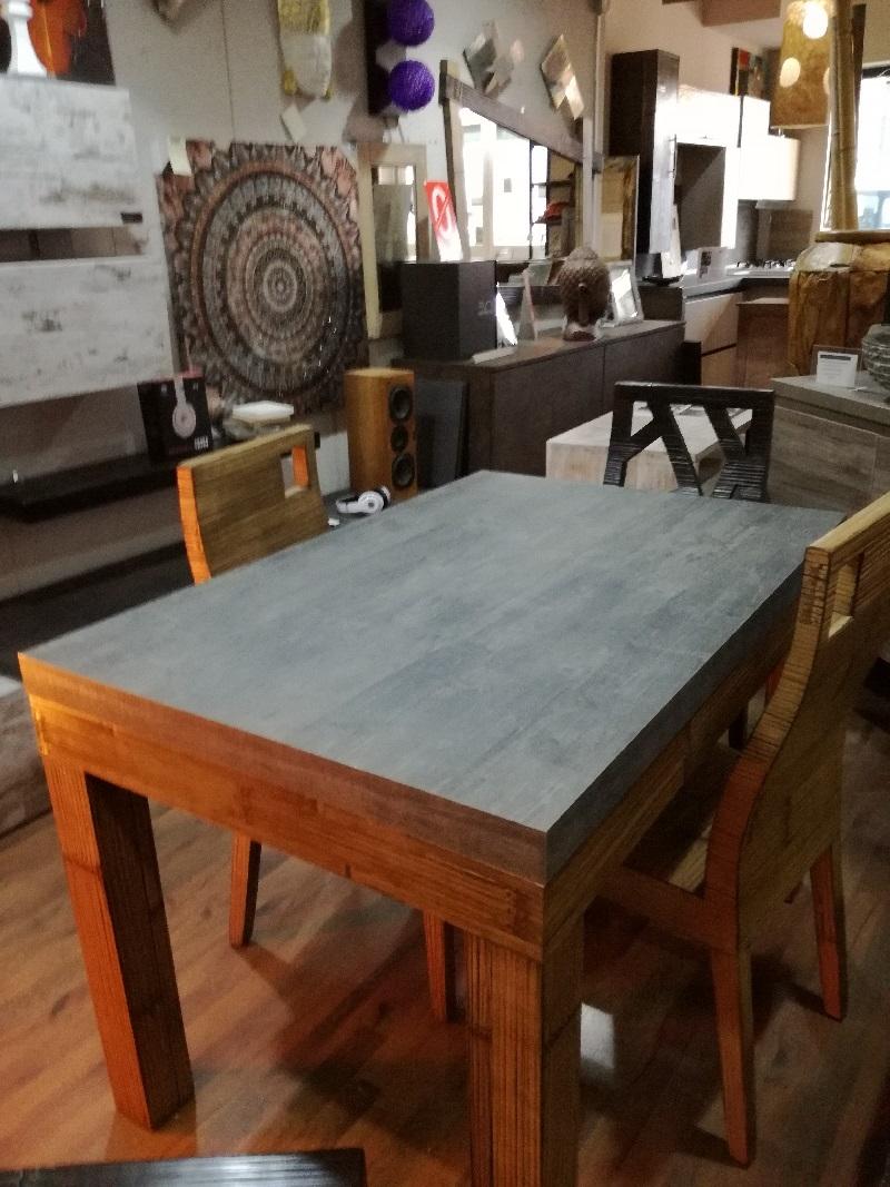 Tavolo essential allungabile stone in offerta in legno e for Tavolo allungabile offerta