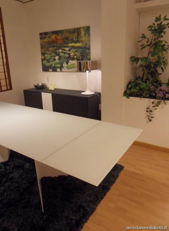 Tavolo euclide in prezzo affare tavoli a prezzi scontati - Tavolo riflessi prezzo ...