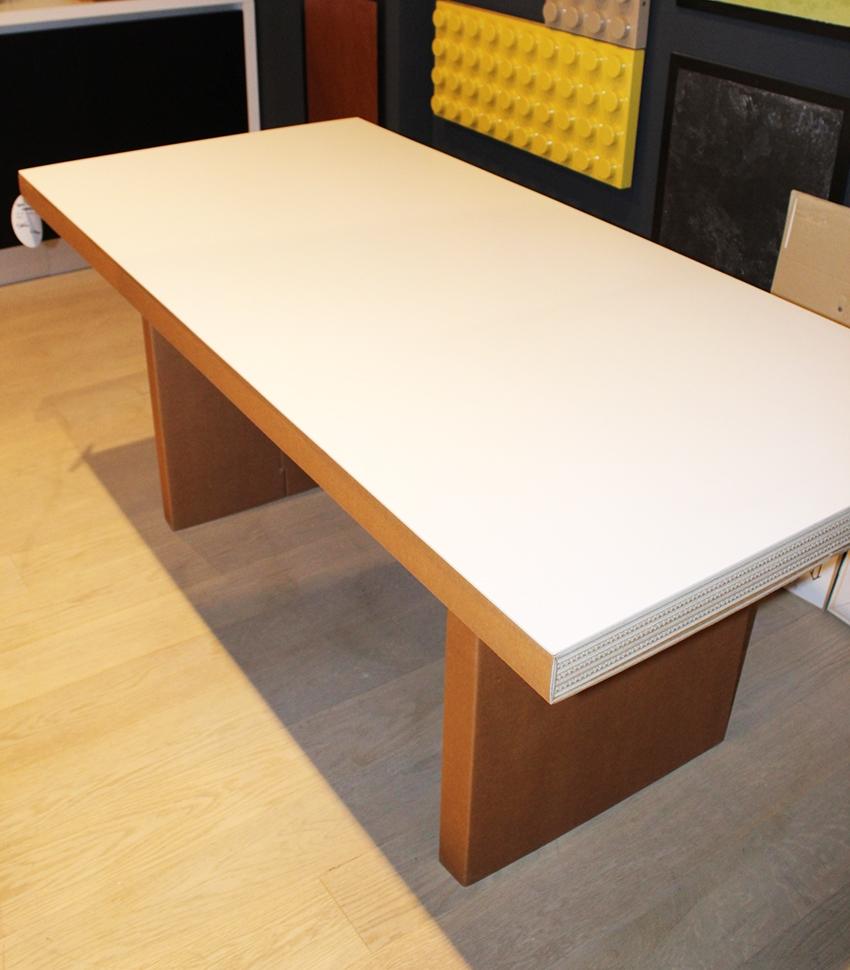 Tavolo in cartone atlante di kubedesign scontato del 35 for Design scontato