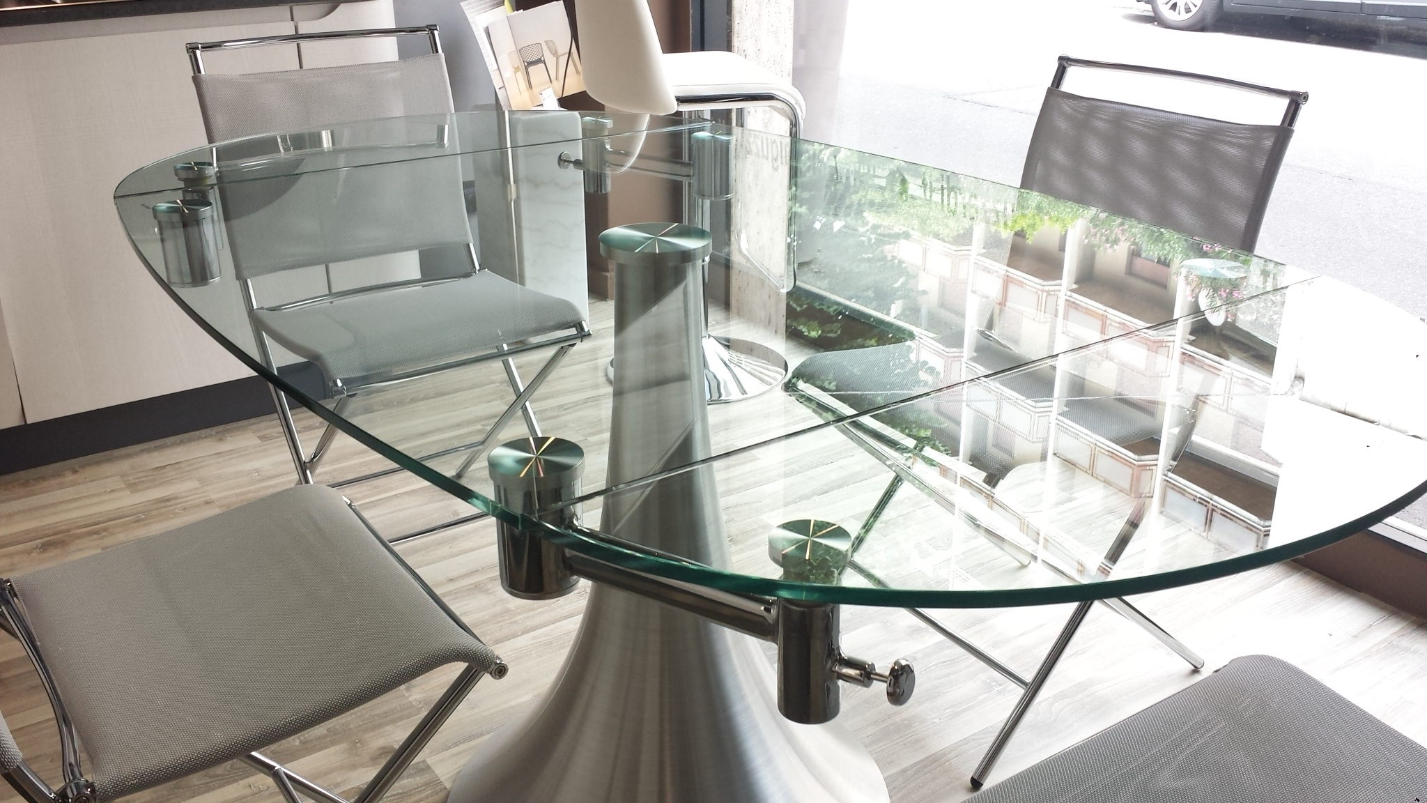 Pozzoli tavolo flute rotondo allungabile vetro tavoli a for Tavolo pranzo cristallo