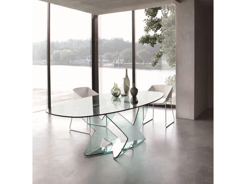 Tavolo in cristallo ellittico modello Ghost della Tonin Casa ...