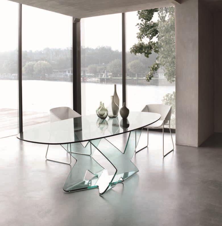 Tavolo in cristallo ellittico modello ghost della tonin - Tavolo ellittico ...