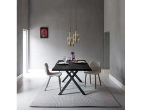 Tavolo in legno con gambe incrociate OFFERTA OUTLET