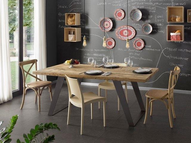 Tavolo da cucina in legno di ontano scontato - Tavoli a prezzi ...
