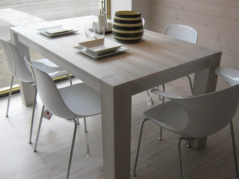 Tavolo allungabile in legno in promozione scontato del 43 for Zanotto arredamenti