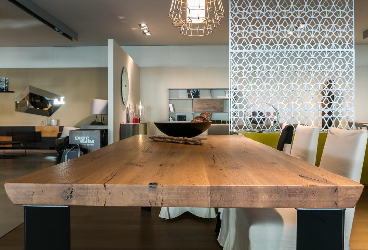 Tavolo in legno massiccio artigianale scontato del 24 for Tavolo design outlet