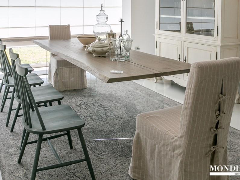 Tavolo in legno massiccio artigianale scontato