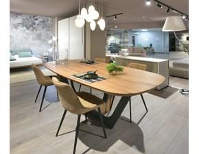 Tavolo in legno ovale Cosmopolitan Devina nais in offerta outlet