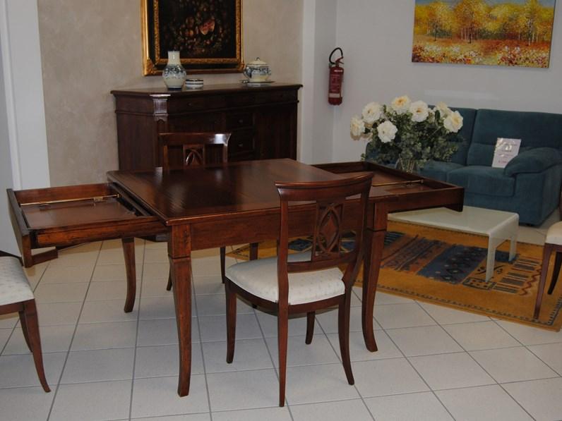 Tavolo Quadrato Classico.Tavolo Classico Quadrato Completo Di 4 Sedie Collezione Palazzo Alfieri In Noce Intarsiato