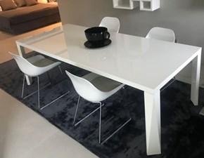 Tavolo in legno rettangolare Suomi Jesse in offerta outlet