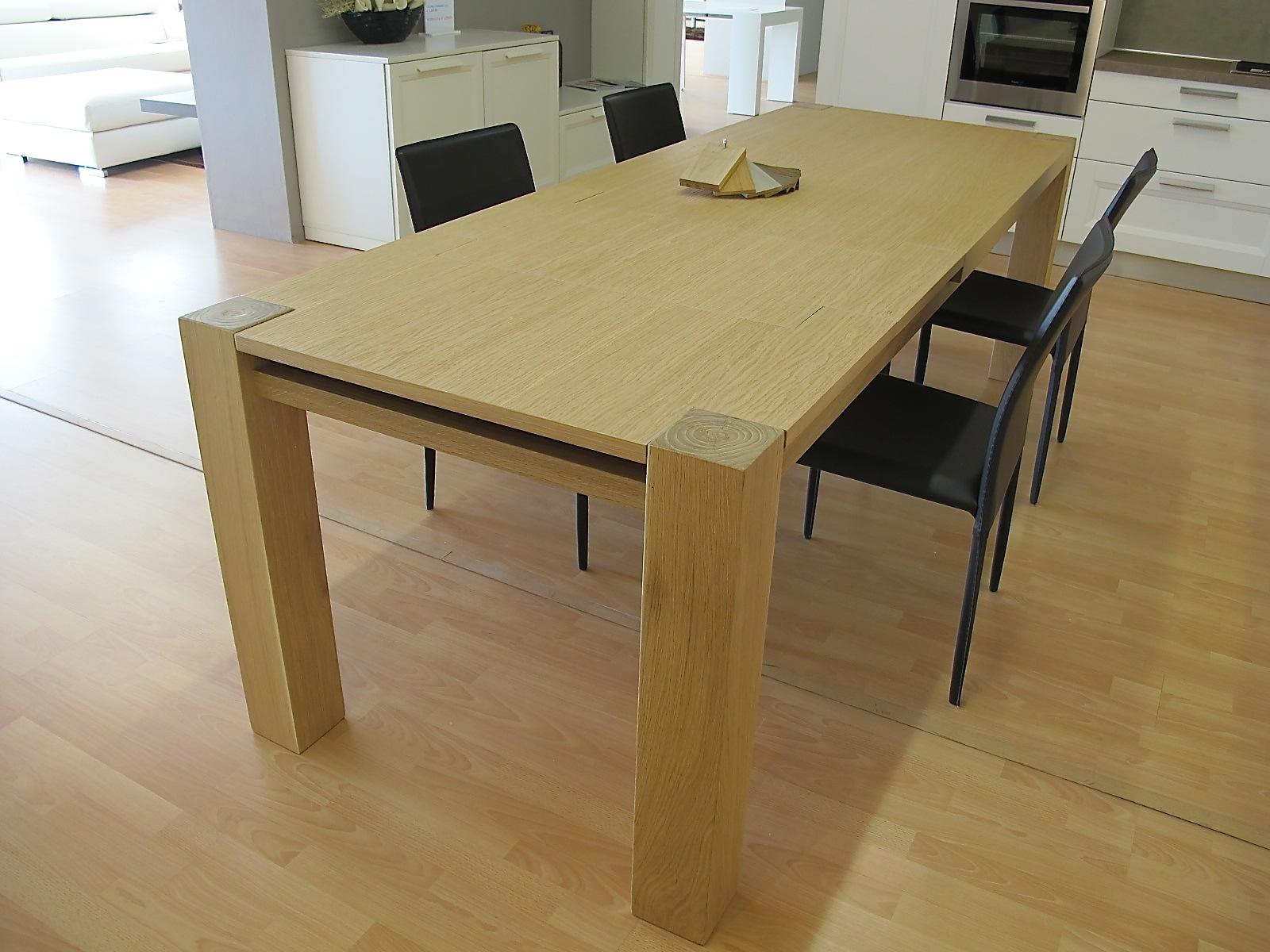Tavolo in legno massiccio rovere allungabile tavoli a - Tavolo richiudibile in legno ...