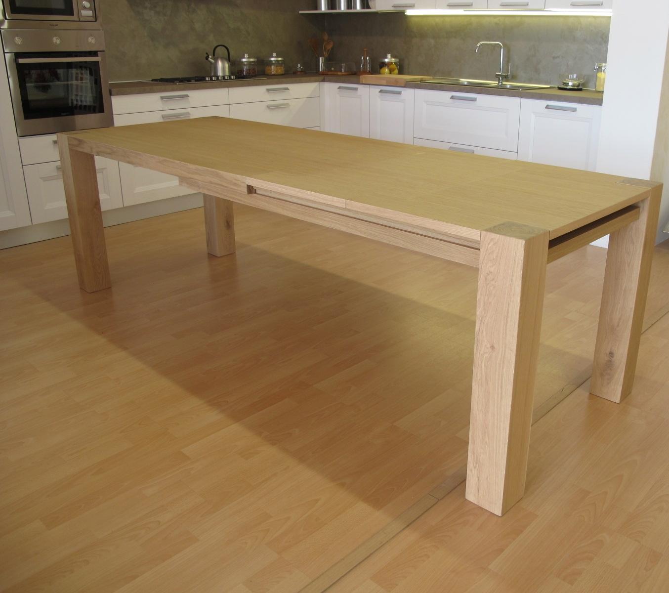 Tavolo in legno massiccio rovere allungabile tavoli a for Tavolo rettangolare allungabile