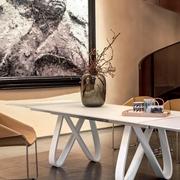 Tavolo Butterfly Tonin casa piano in vetro bianco allungabile
