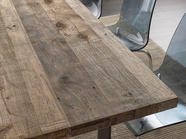 Tavolo in ontano con gambe in ferro scontato del 40 - Tavolo legno ferro ...