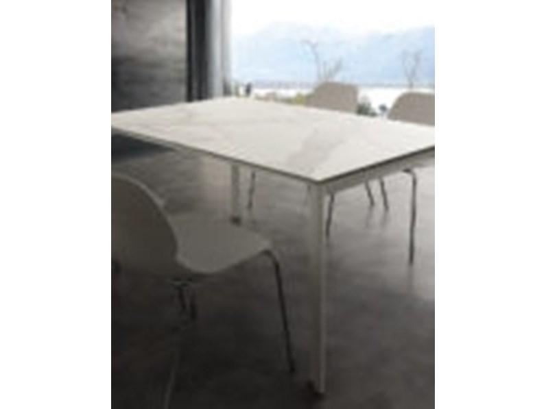 Tavolo in pietra rettangolare ceramique di la seggiola a prezzo scontato tavoli a prezzi scontati - Tavolo in pietra giardino ...