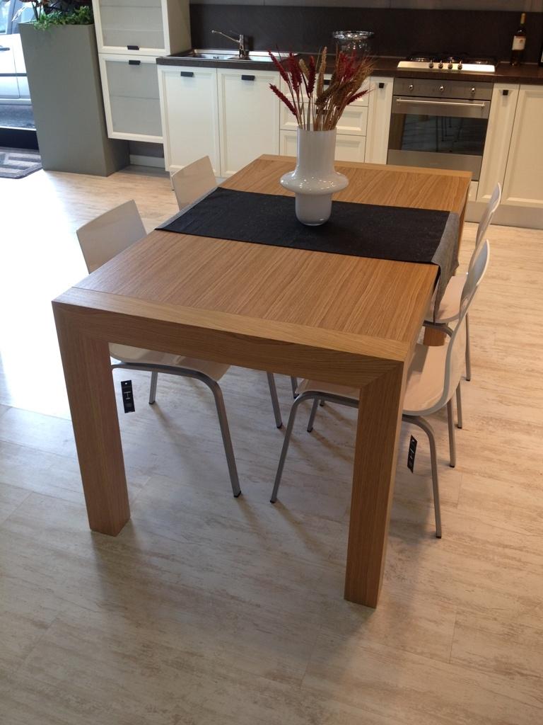 Tavolo tavolo in rovere impiallacciato 160x90 cm - Tavoli rettangolari allungabili in legno ...