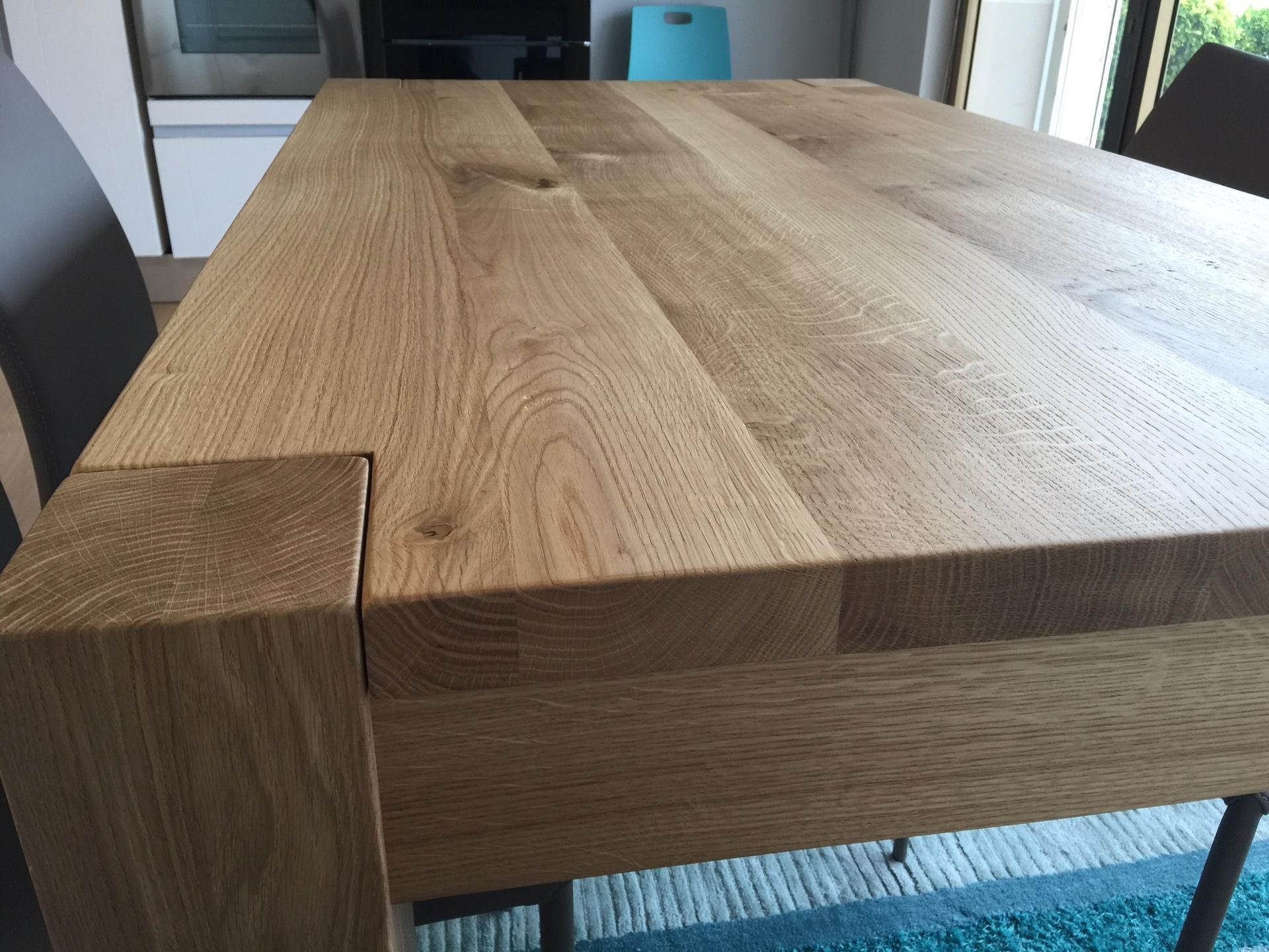 Tavolo in rovere massello 160x90 allungabile 260 tavoli for Tavoli in legno allungabili massello