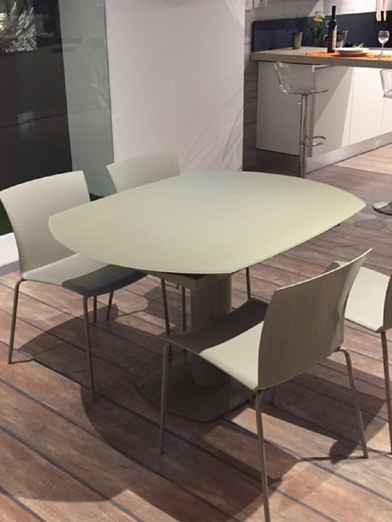 la seggiola tavolo elleesse rotondo allungabile tavoli a