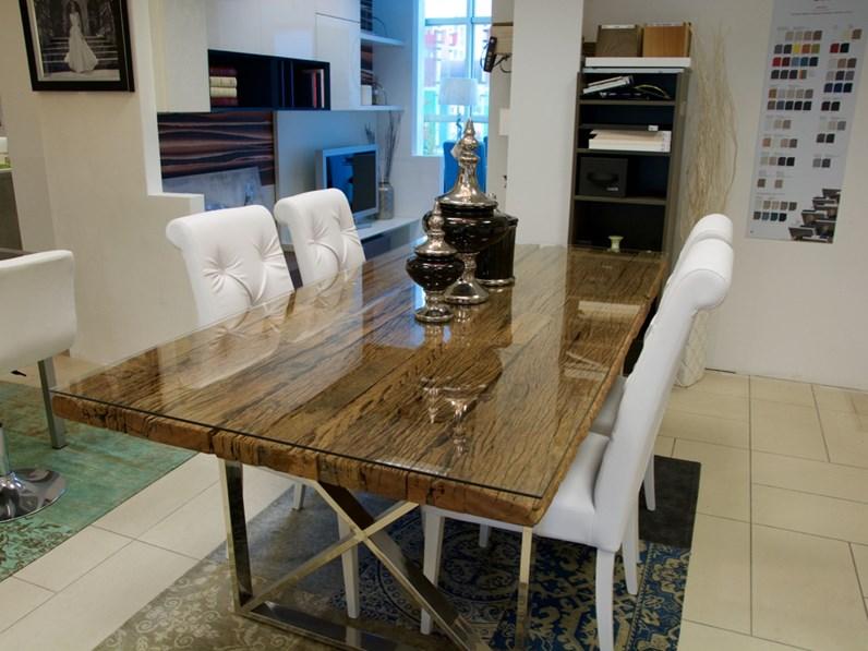 Tavolo legno massello grezzo con struttura in metallo cromato