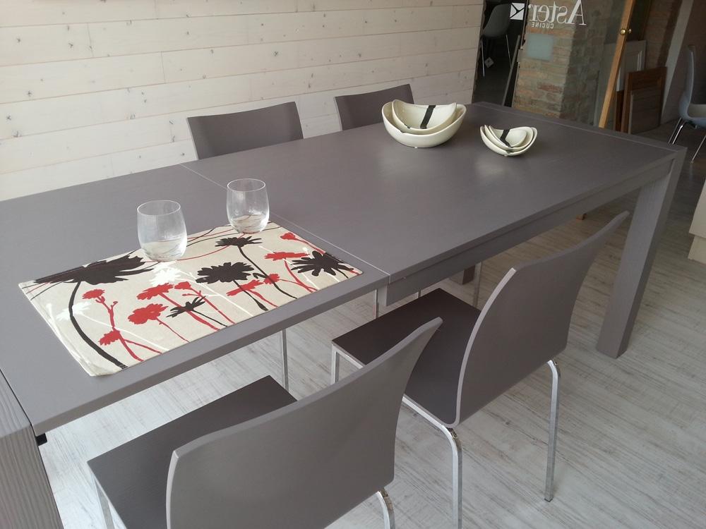 Tavolo 4 sedie cucine mod essenze scontato del 43 - Lube tavoli e sedie prezzi ...