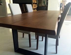 tavolo scortecciato con gambe in metallo