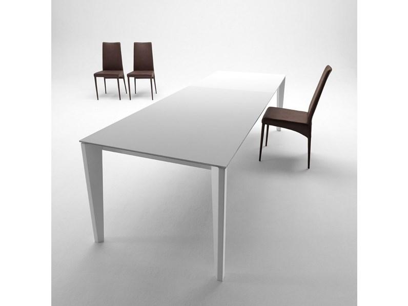 Tavolo midj modello diamante for La forma tavoli