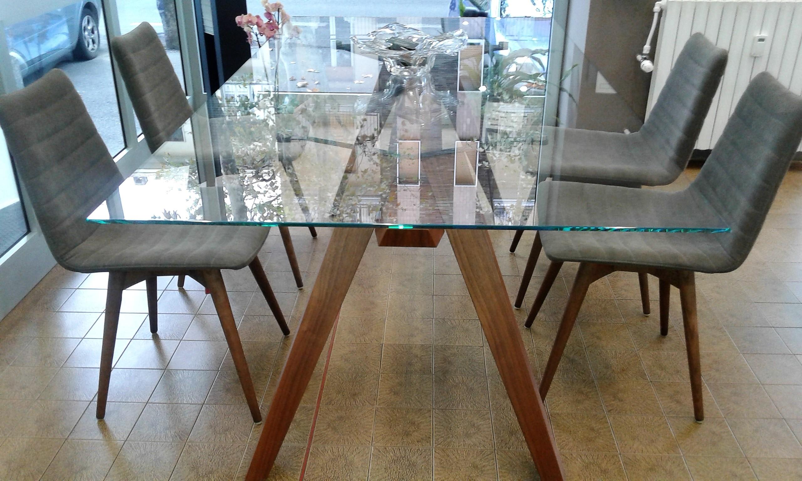 Tavoli Pavia: Offerte Online a Prezzi Scontati
