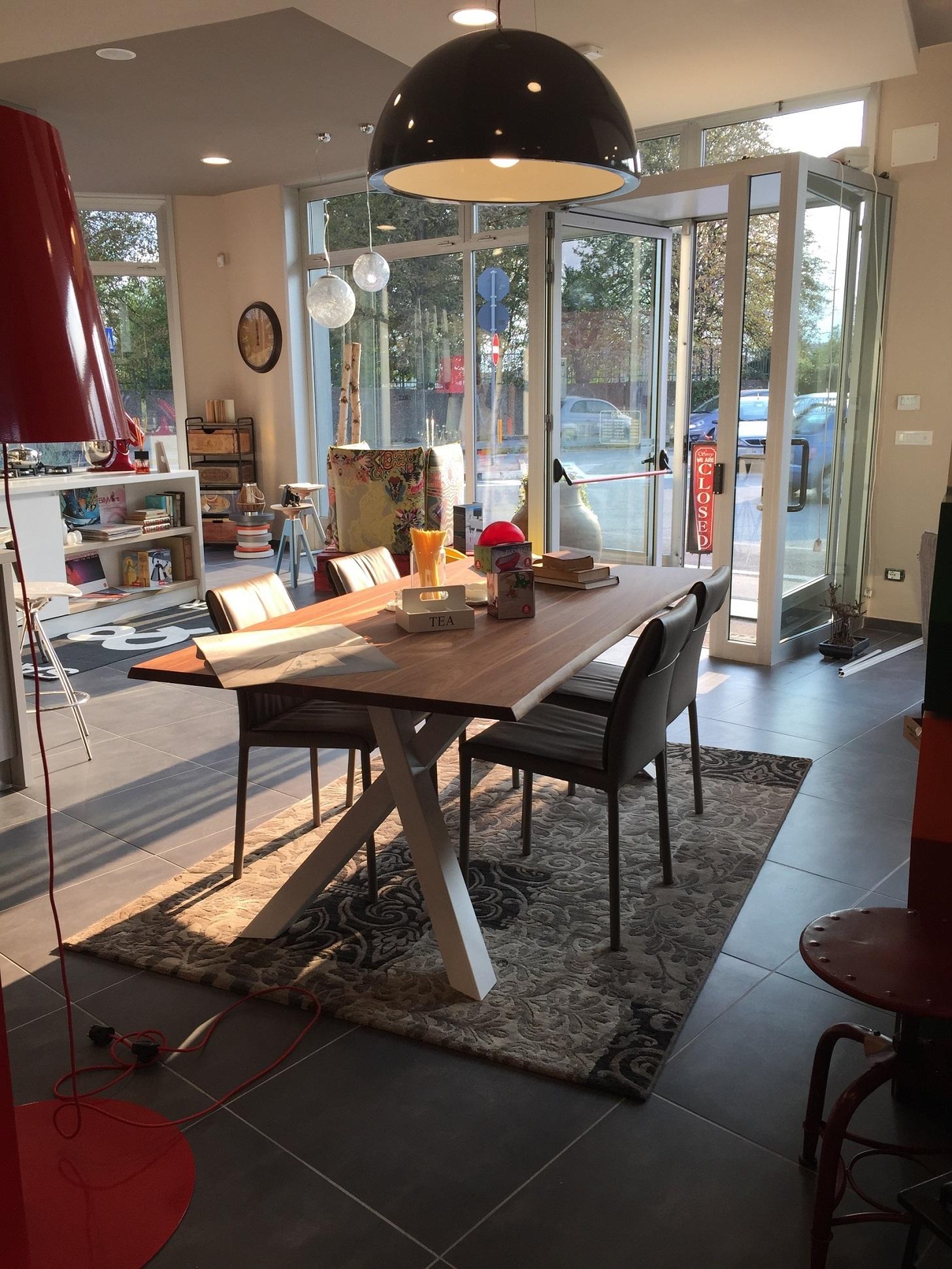 Vendita tavoli milano set birreria panche e tavoli for Tavoli vendita