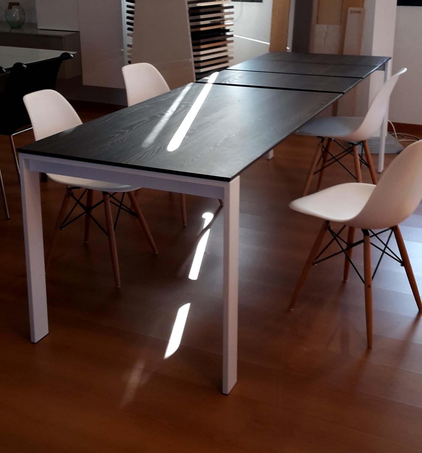 Tavolo miton tavolo allungabile tavoli a prezzi scontati for Tavolo allungabile telescopico