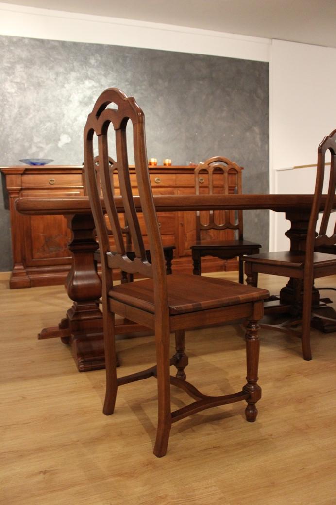 Tavolo modello dalia classico 6 sedie classiche scontate for Sedie scontate