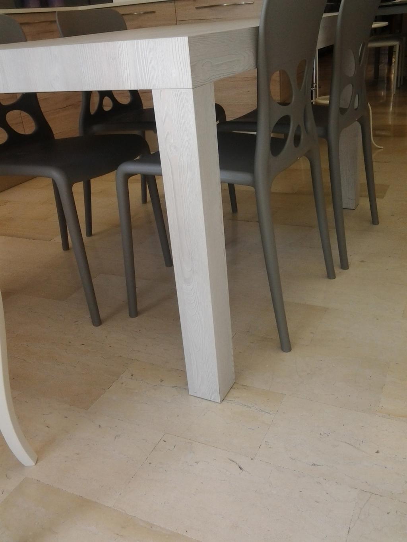 Lampadario salotto for Offerte tavoli richiudibili