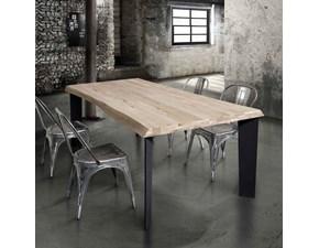 Tavolo modello Nodo in legno massello