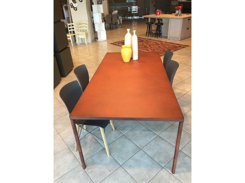 Colico Design Tavoli.Tavolo Modello Pure Di Colico In Corten Scontato Del 50