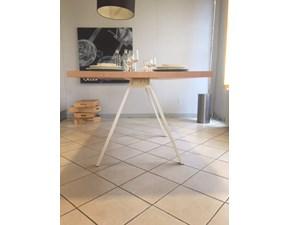 Tavolo Neat  Kristalia in legno Fisso
