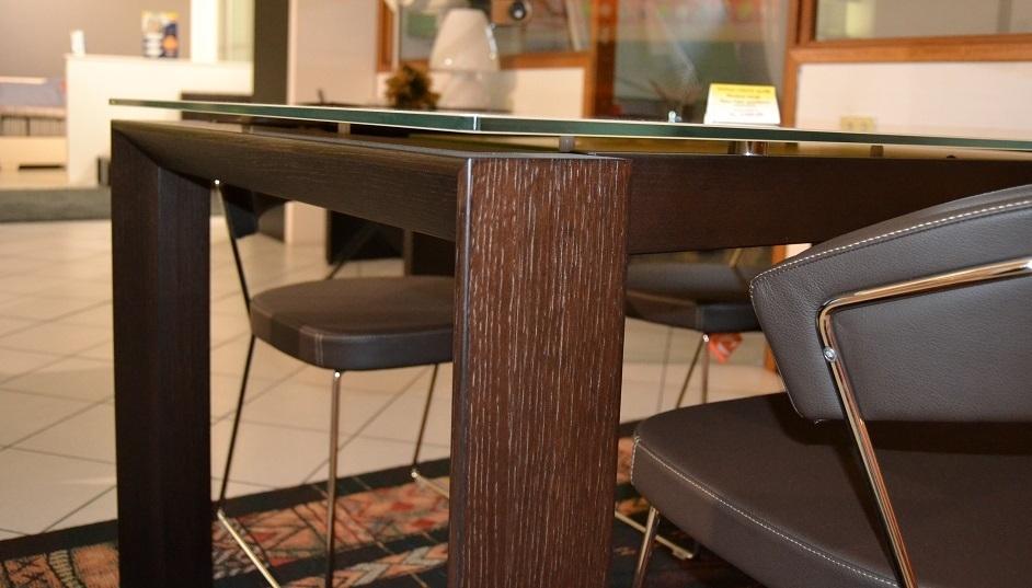 Tavolo omnia glass offerta tavoli a prezzi scontati for Tavoli calligaris in offerta