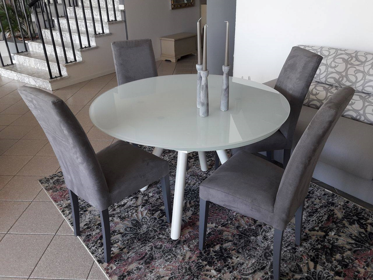 Tavolo orbit rotondo allungabile tavoli a prezzi scontati for Tavolo rotondo allungabile moderno