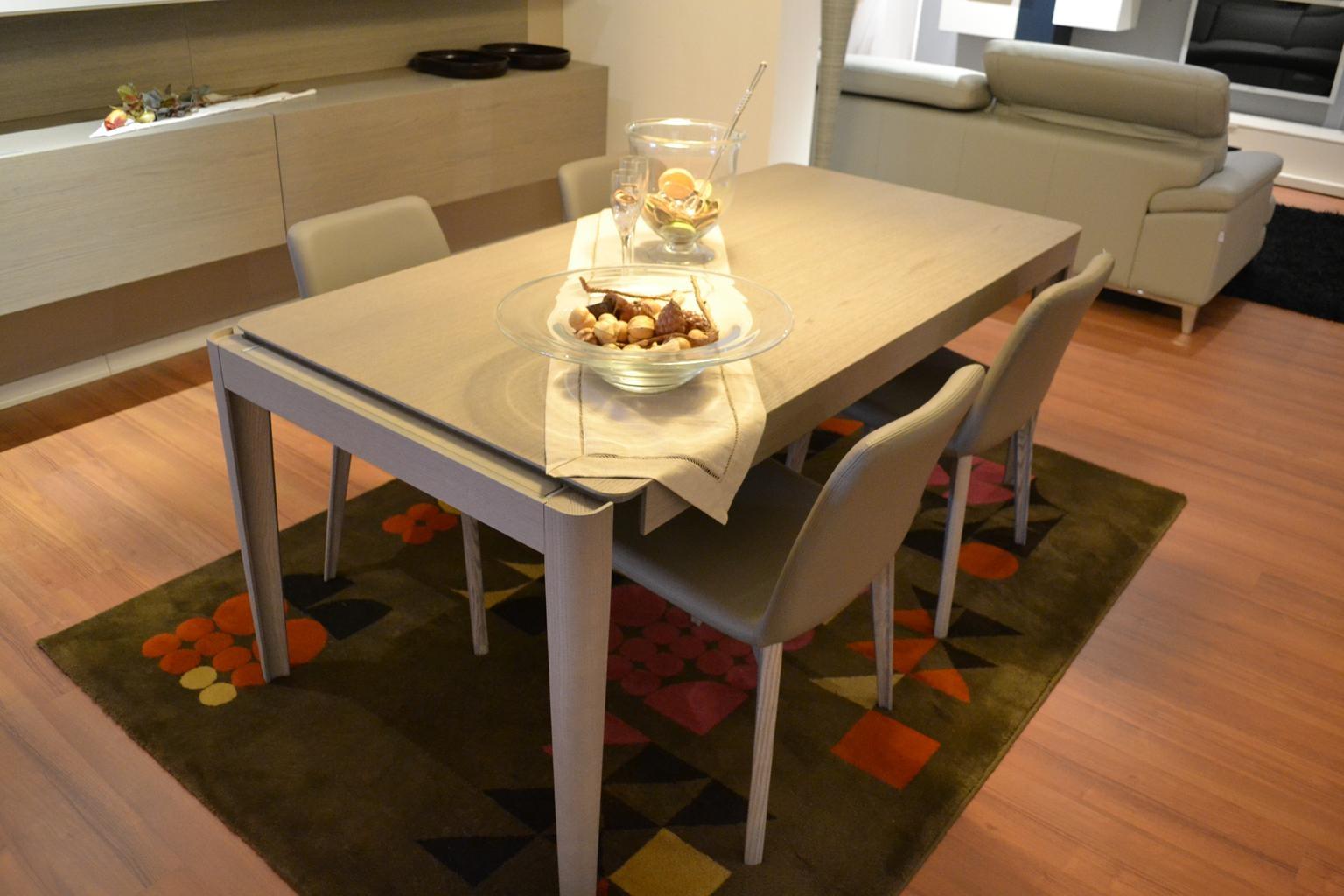 Tavolo oslo con 4 sedie tavoli a prezzi scontati - Dwg tavolo con sedie ...