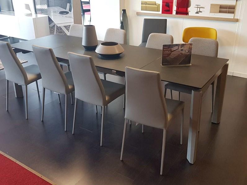Tavolo outlet calligaris tavolo esteso in ceramica calligaris a prezzo ribassato 33 - Tavolo tower calligaris prezzo ...