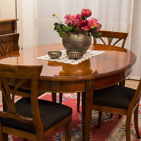 Tavolo ovale allungabile 4 sedie in ciliegio tavoli a for Tavolo allungabile ovale