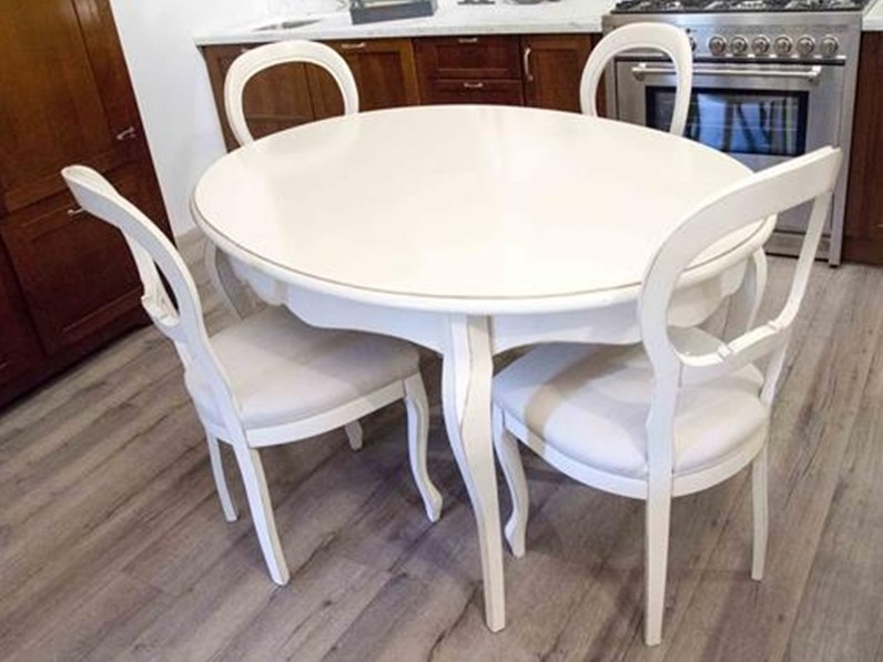 Tavolo Laccato Bianco Allungabile.Tavolo Ovale Allungabile Essenza In Legno Massello Laccato Bianco Con 4 Sedie Imbottite