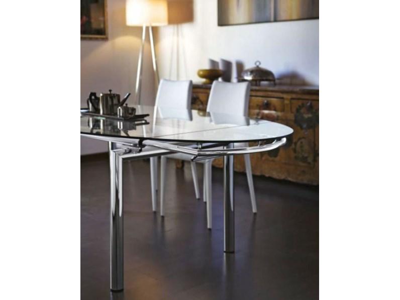Tavolo ovale allungabile pronta consegna tavoli a prezzi for Tavolo ovale allungabile calligaris