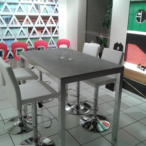 Tavolo ozzio tavolo modello kitchen alto tavoli a prezzi for Tavolo consolle alto
