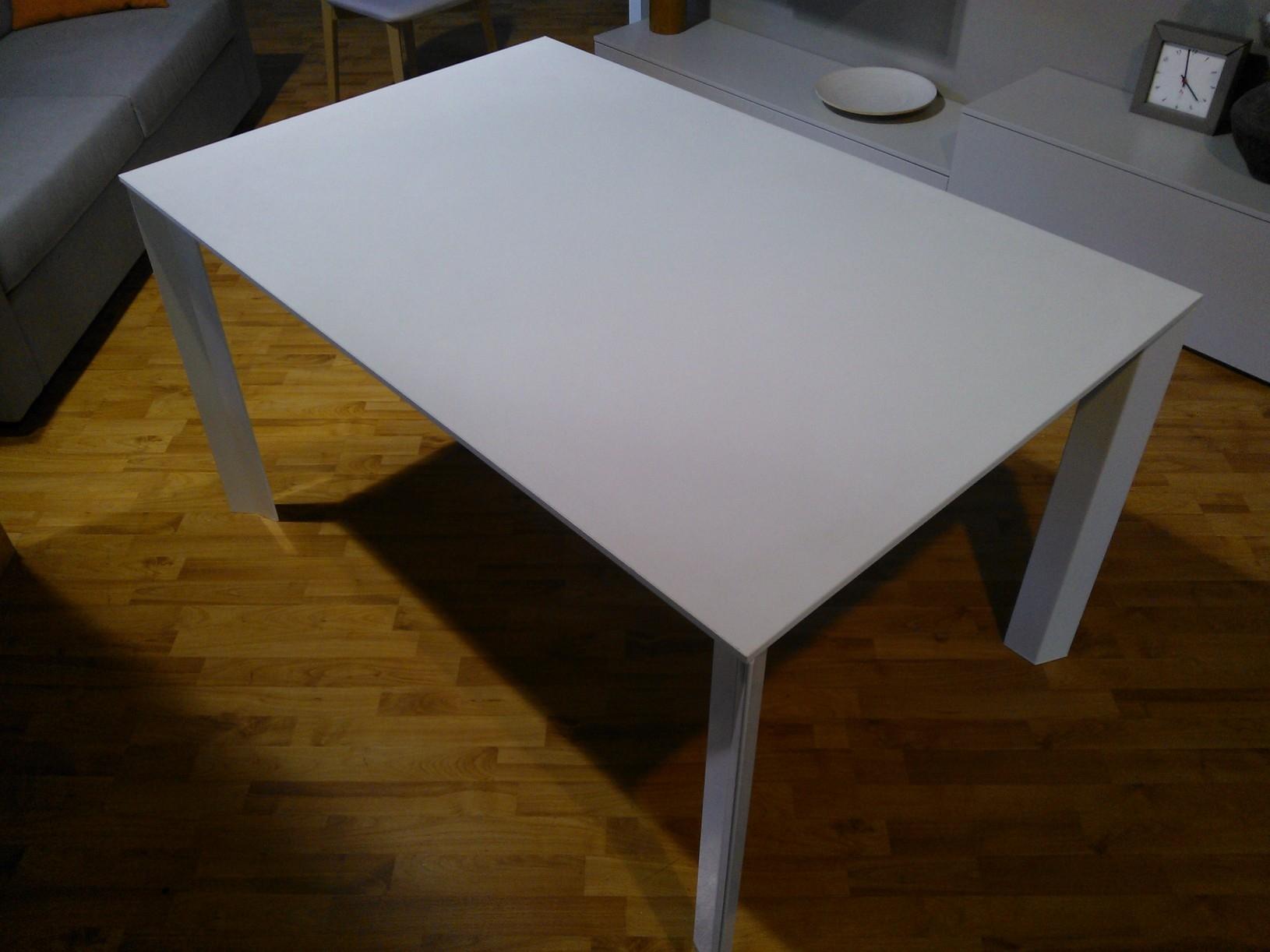 Tavolo ozzio wing offerta tavoli a prezzi scontati for Vendita tavoli