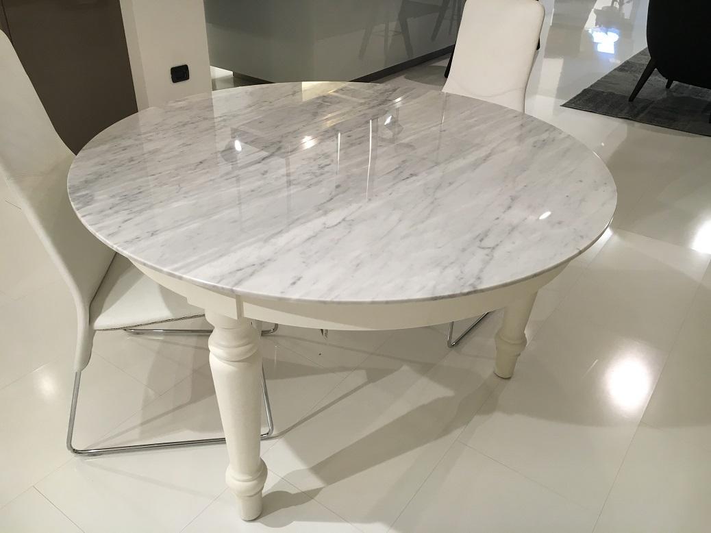 Tavolo poliform madras scontato del 50 tavoli a - Tavolo piano marmo ...
