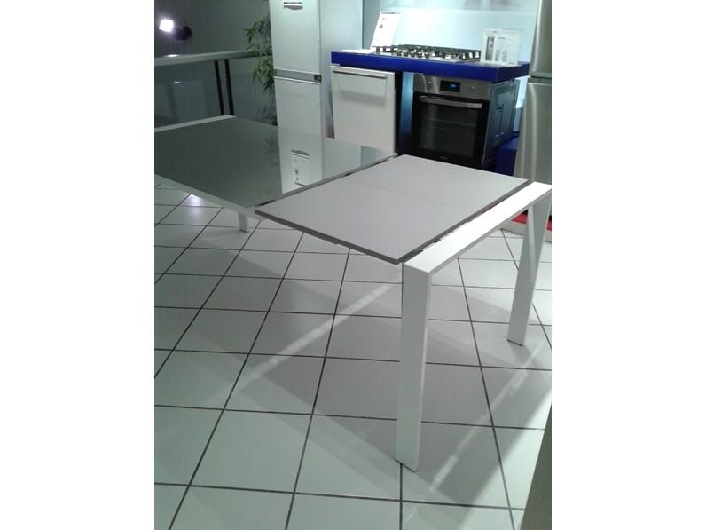 Tavolo ponti terenghi tavolo s41 mario rettangolari for Tavoli allungabili outlet