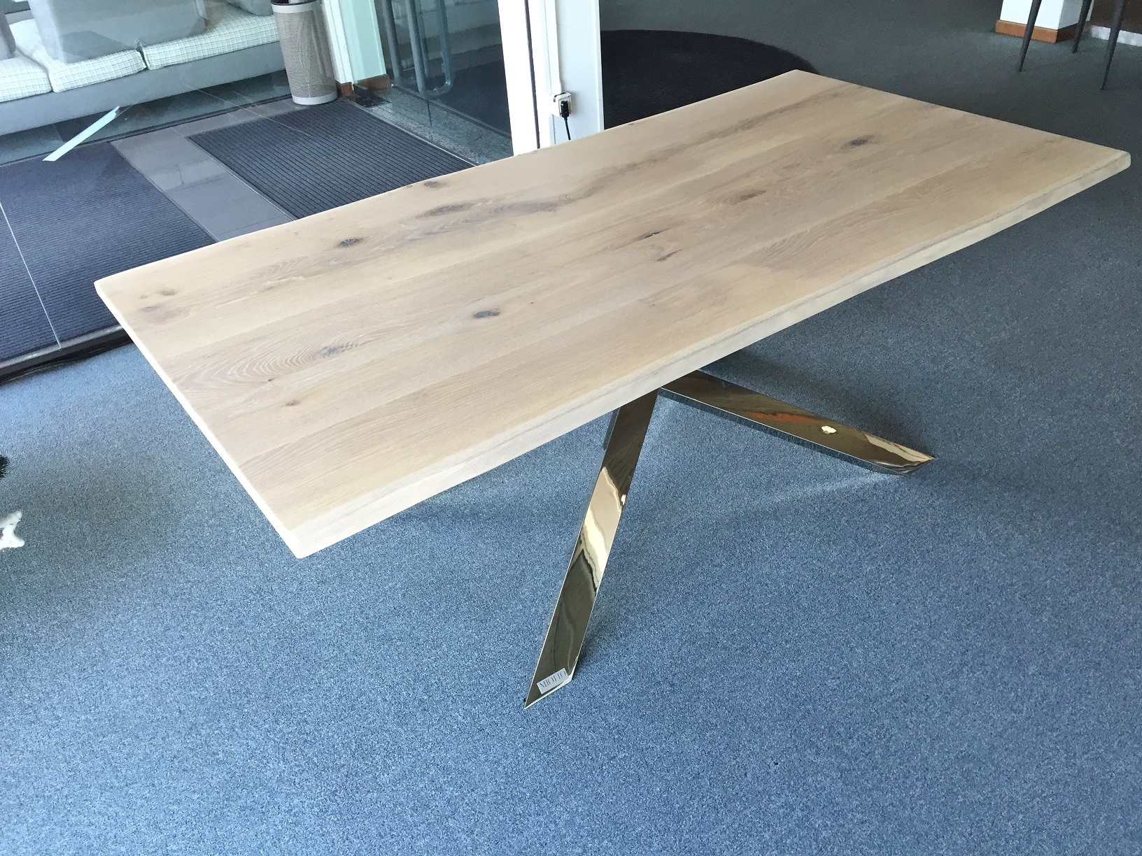 Tavolo principe di miotto design tavoli a prezzi scontati for Tavoli di design outlet