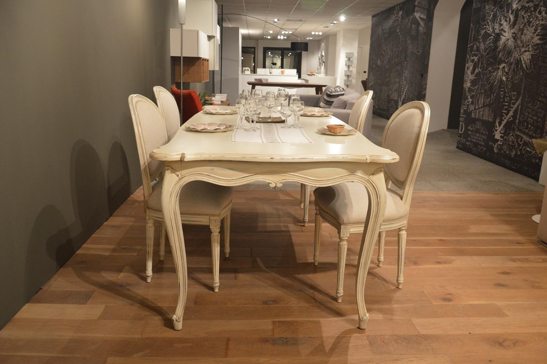 Tavolo provenza in legno massello scontato del 40 - Tavolo massello ...