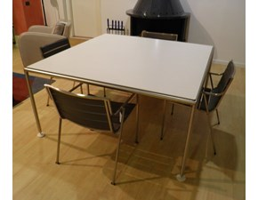 Tavolo quadrato a quattro gambe Tavest Coro scontato