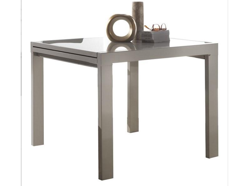 Tavolo quadrato allungabile con sedie for Tavolo quadrato