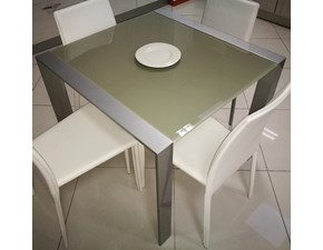 Tavolo quadrato in vetro Cometa di Target point in Offerta Outlet